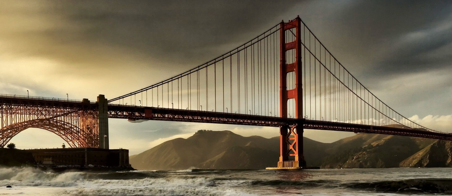 JUST 20 MINUTES AWAY FROM DOWNTOWN SAN FRANCISCO