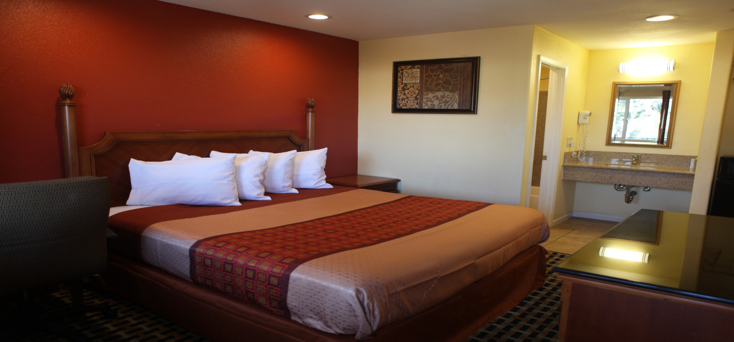 RANGE OF COMFORTABLE GUEST ROOMS TO SUIT YOUR NEEDS